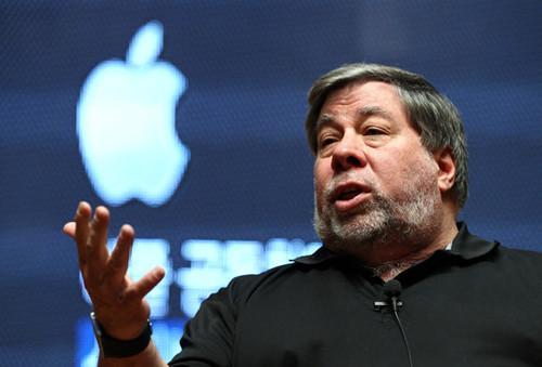 苹果联合创始人沃兹:我现在仍从苹果领工资