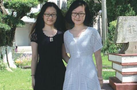 双胞胎姐妹花颜心蓓和颜心蕾