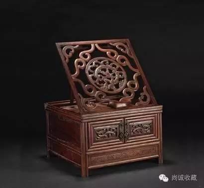 明 黄花梨龙纹梳妆台 2012年以36.8万成交