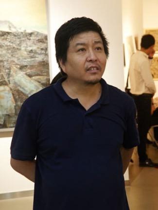 批评家朱其在展览现场