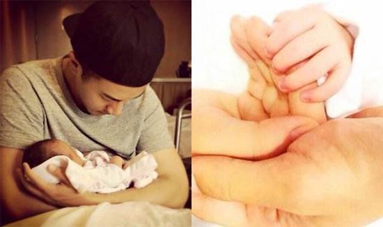 刘恺威杨幂女儿出生照图片