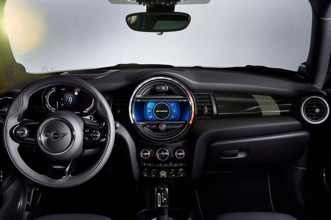 续航270km MINI电动版车型官图发布