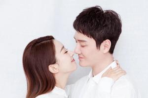 赵丽颖结婚被疑怀孕 这些迹象告诉你真的有了!