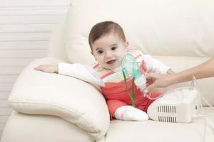 给孩子排痰,这个方法很有效!
