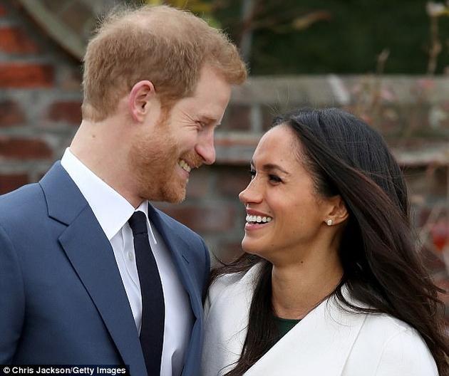 """被问起什么时候意识到梅根·马尔科(Meghan Markle)是自己的真爱时,哈里王子表示,""""第一次见到她,我就已了然于心。""""不过,一项由荷兰格罗宁根大学开展的新研究对""""一见钟情""""这种说法发起了质疑。"""