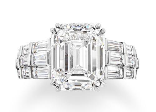 独特的3d立体结构使得钻石从任意角度焕发极致璀璨光