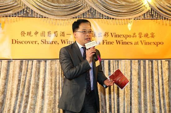 邝英志先生高度称赞了中国葡萄酒的成长和进步,并对其潜力和未来充满信心