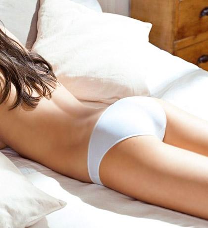 一饼四爷二条福晋-根据臀围选择内裤   现在的女性有相当一部分对内裤的穿着并不了解,