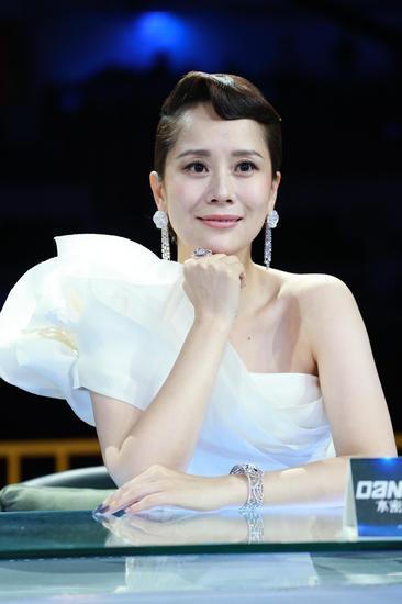 【新珠宝】海清戴戴比尔斯珠宝亮相《中国好舞蹈》决赛