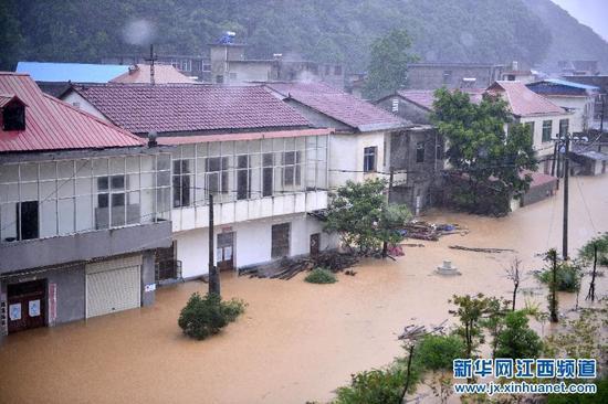 十号台风致江西九江10万余人受灾 1死2失踪