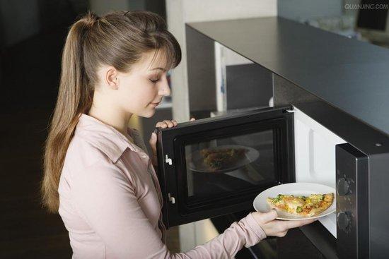 6种食物最好别用微波炉加热