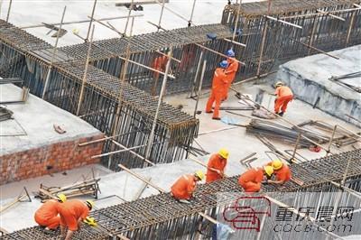 轨道5号线湖霞街站开始主体施工。
