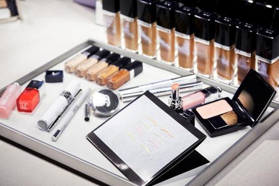 Dior迪奥2015春夏高级成衣系列彩妆妆容