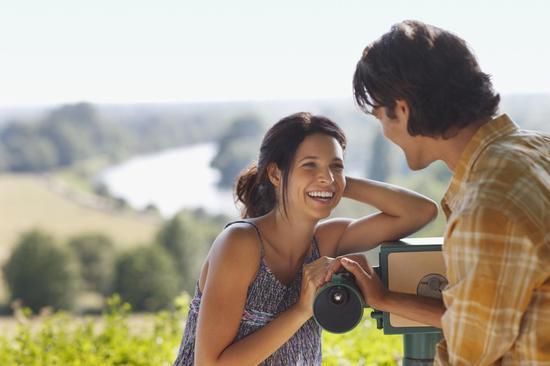 內向女生巧用7招 讓求愛充滿自信