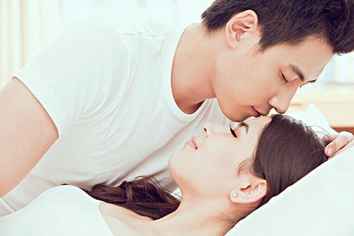 范冰冰方否認與李晨同居 從戀愛到結婚5個階段