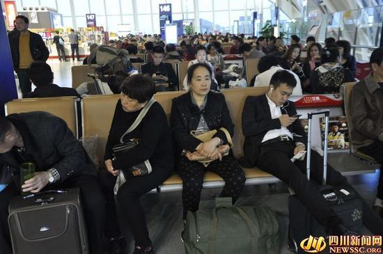 大量旅客滞留