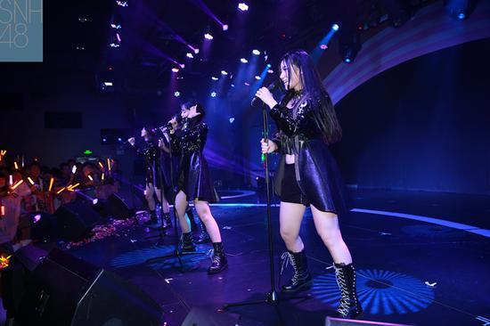 snh48三期生演唱