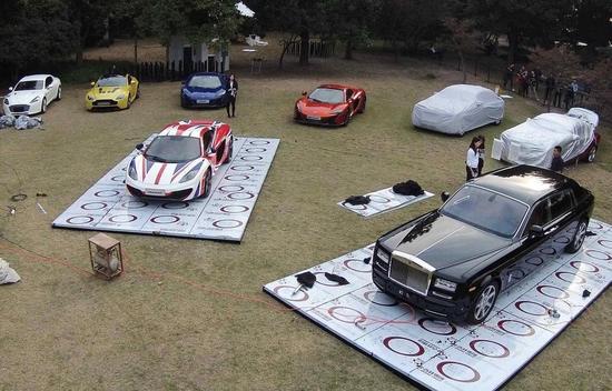 杭州西湖边举行超豪车展 每款均价值上百万(图)