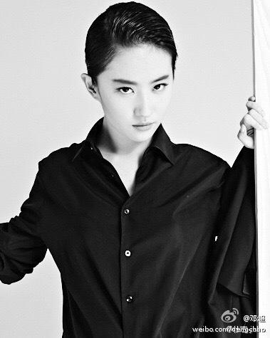 刘亦菲高冷范儿写真