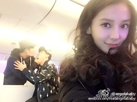 Baby背后的李晨、陈赫在干吗!