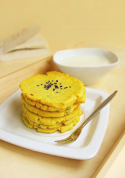 芹菜煎豆渣饼