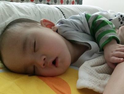 梁静茹儿子超萌睡姿