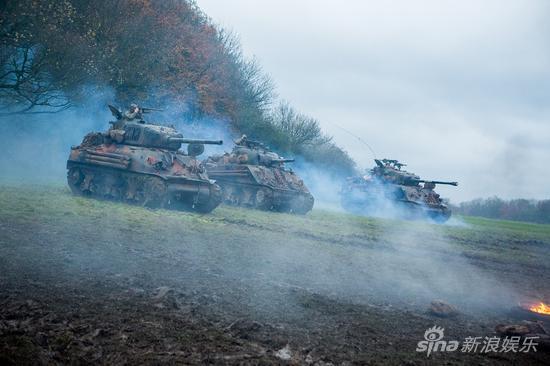 谢尔曼坦克部队突遇袭击