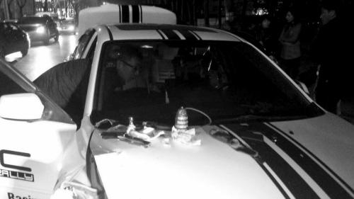 """涉毒肇事的""""马6"""" 警方查获了吸毒用的""""冰壶"""""""