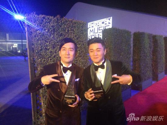 获年度国际最佳流行音乐奖