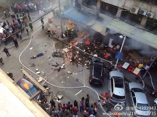 厦门一家小吃店突发爆炸