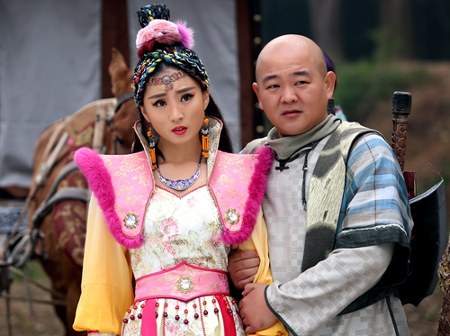 电视前沿 > 正文     新浪娱乐讯 电视剧《少林寺传奇藏经阁》正在图片