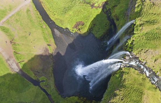 摄影师千米高空航拍全球旅行圣地震撼美景