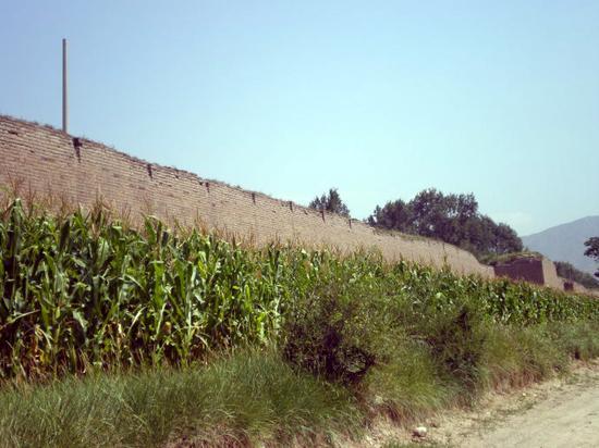 沧桑古城墙 摄影:旅行者