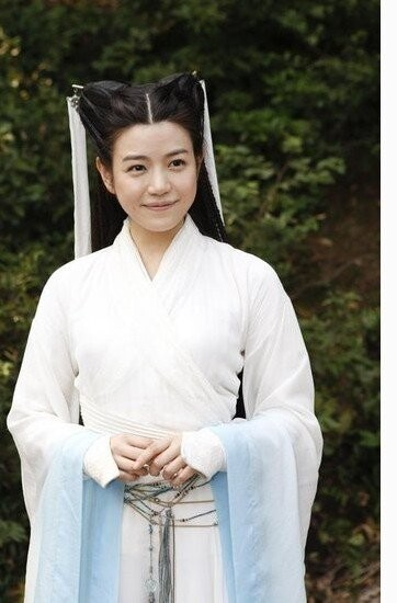 陈妍希的小龙女造型被调侃是买家秀