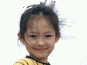 章子怡童年照超可爱