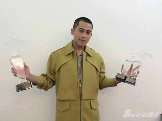 苏醒喜获三项大奖