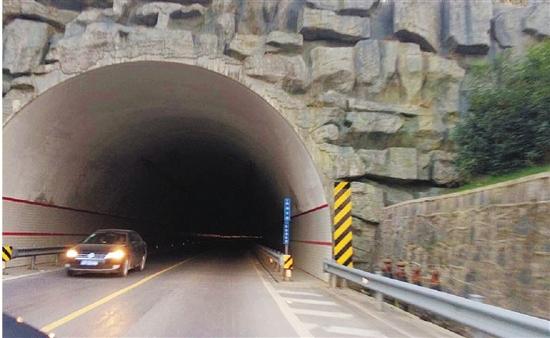 枫槎岭隧道成黑洞