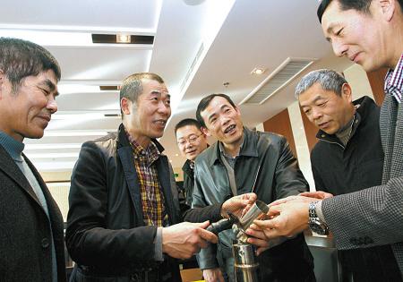 宁波市总工会60余名技师开展技能交流活动