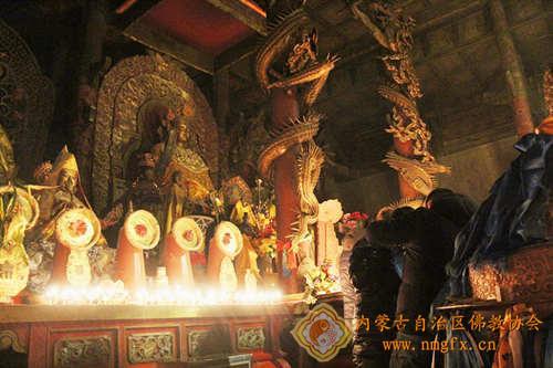 呼和浩特大召寺纪念宗喀巴大师举办燃灯节法会