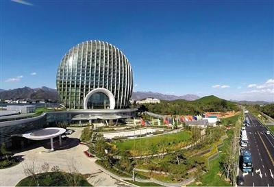 APEC蓝已经成为人们追求环保生活的标志。