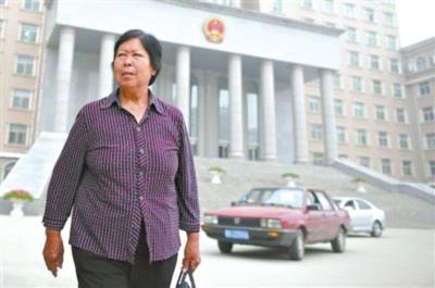 聂树斌家重签原律师赴济南阅卷 聂母:做最坏打算