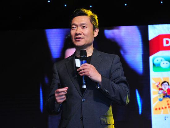 联想集团副总裁,联想中国区及云服务首席市场官魏江雷