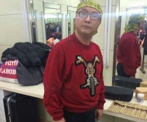 尹相杰近日央视录制节目后台照