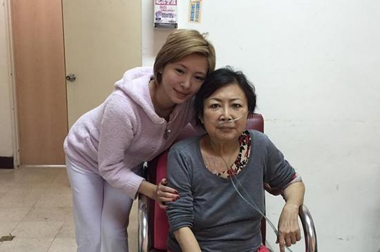 Makiyo与妈妈