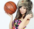 篮球宝贝写真助威东北虎