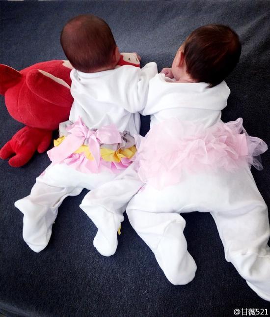 两个小可爱