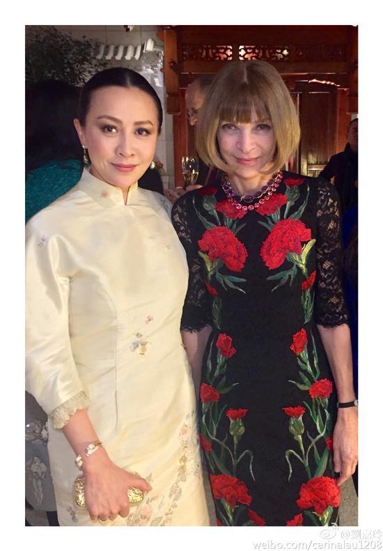 刘嘉玲和《Vogue》杂志主编安娜温图尔