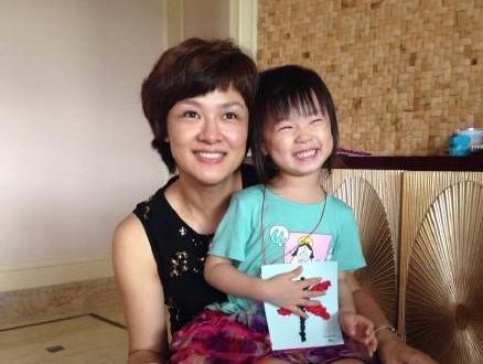 李小萌女儿三岁可爱