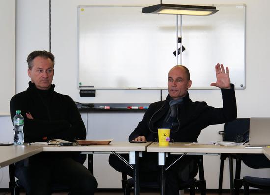 阳光动力两名联合创始人及飞行员波特兰・皮卡德(Bertrand Piccard)和安德烈・波许博格(André Borschberg)