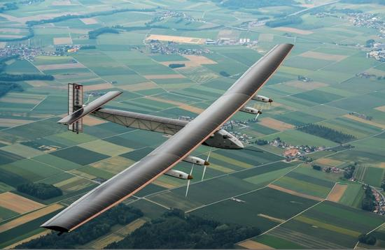 太阳能飞机环球飞行的故事:飞翔只为一个愿景